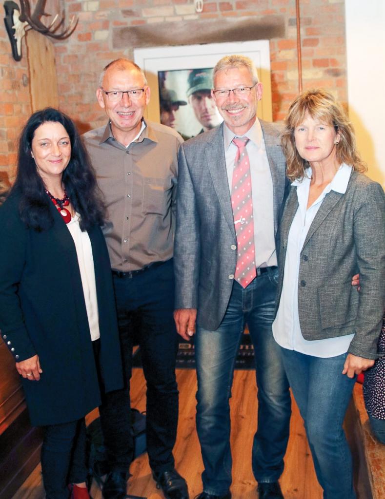 Geschätsführerin Martina Kühnel mit Jörg Pliskat, Frank Strauchmeier und Sabine Hellmer